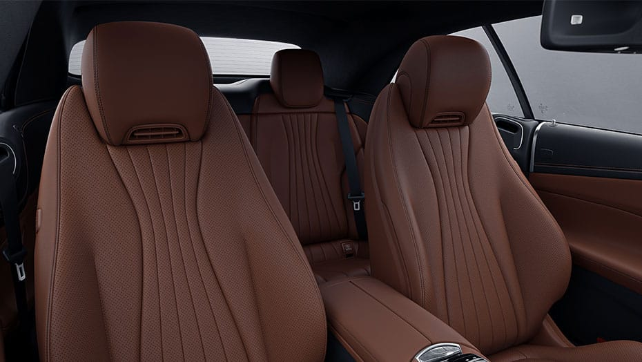 Elegantly sporty, extra-spacious cabin