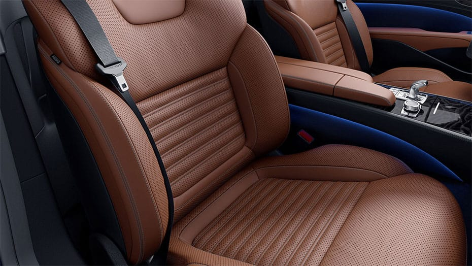 Sun-reflecting Nappa leather upholstery