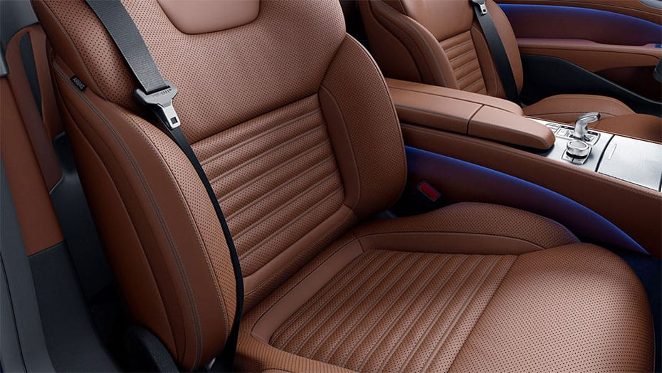 Exclusive Nappa leather upholstery