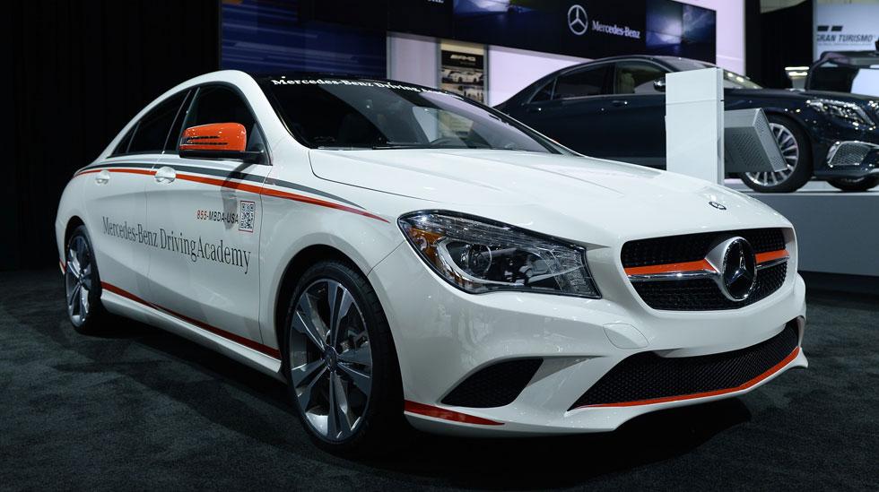 Mercedes Benz 20131121 MBZ 32679 LA Auto Show 980x549