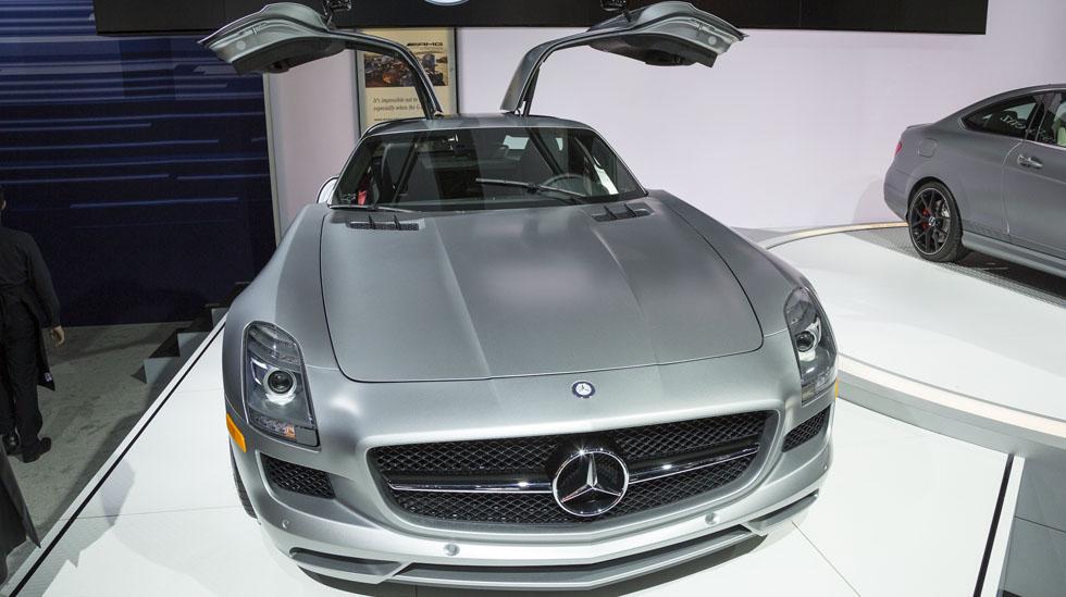 Mercedes Benz NYIAS 041 OVERLAY
