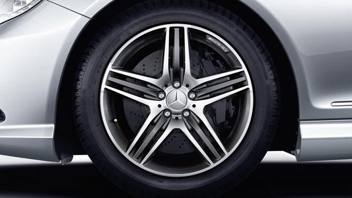 19-inch AMG triple-spoke wheels with all-season tires