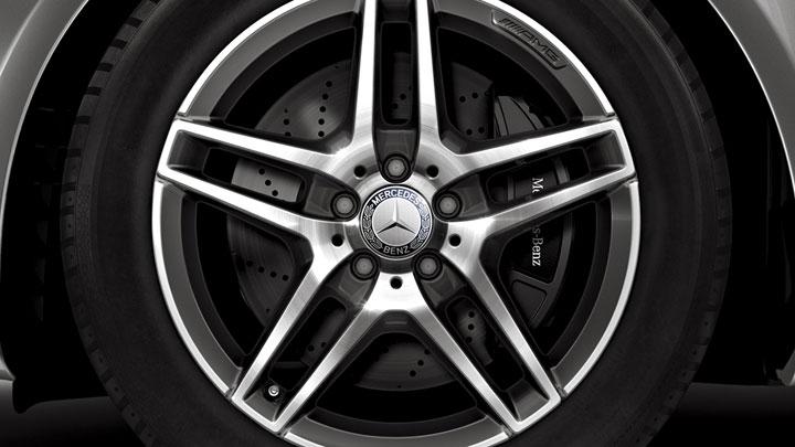 18-inch twin 5-spoke AMG� wheels