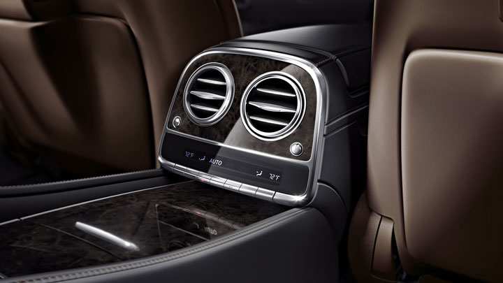 4-zone automatic climate control