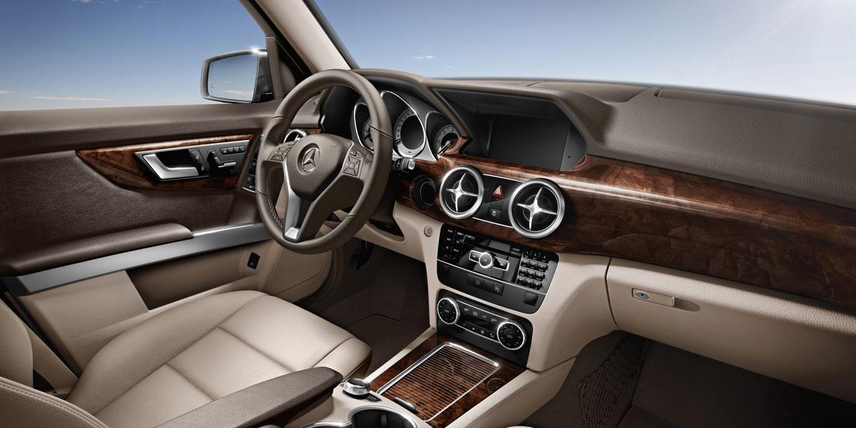 Mercedes Benz 2015 GLK CLASS GLK350 SUV MBTEX 125 731 BYO D 01