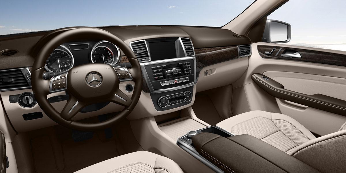 Mercedes Benz 2015 M CLASS ML350 SUV MBTEX 105 BYO D 01