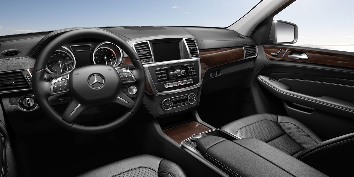 Mercedes Benz 2015 M CLASS ML400 4MATIC SUV MBTEX 101 BYO D 01