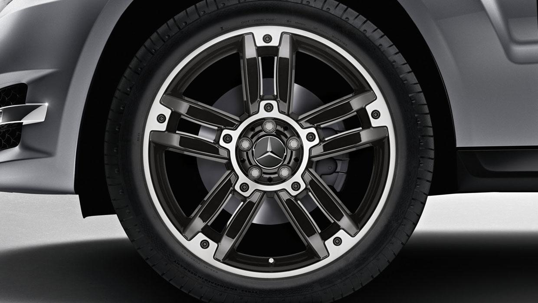 Mercedes Benz 2014 GLK CLASS GLK350 SUV 086 MCFO R