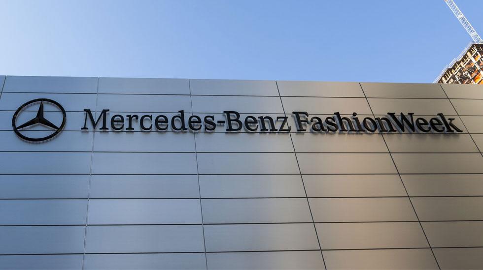 Mercedes Benz MB NYFW2013 001 Overlay