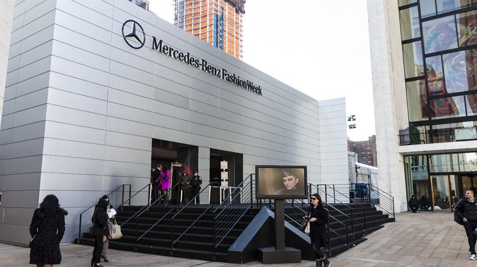 Mercedes Benz MB NYFW2013 002 Overlay