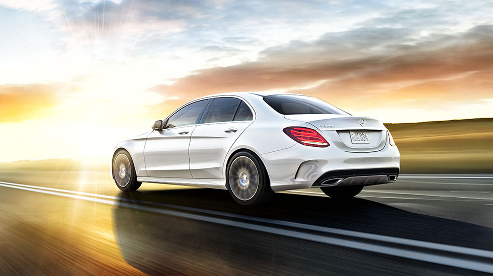 Mercedes Benz 2015 C SEDAN FEATURED GALLERY 980X549 02