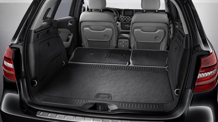 B-Class Electric Drive in Ash with standard 60/40 split-folding rear seats