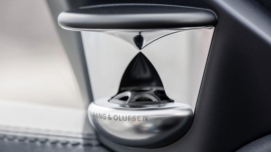 Mercedes Benz 2014 E CLASS WAGON GALLERY 020 GOI D