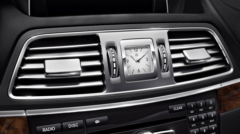 Mercedes Benz 2014 E CLASS CABRIOLET GALLERY 012 GOI D