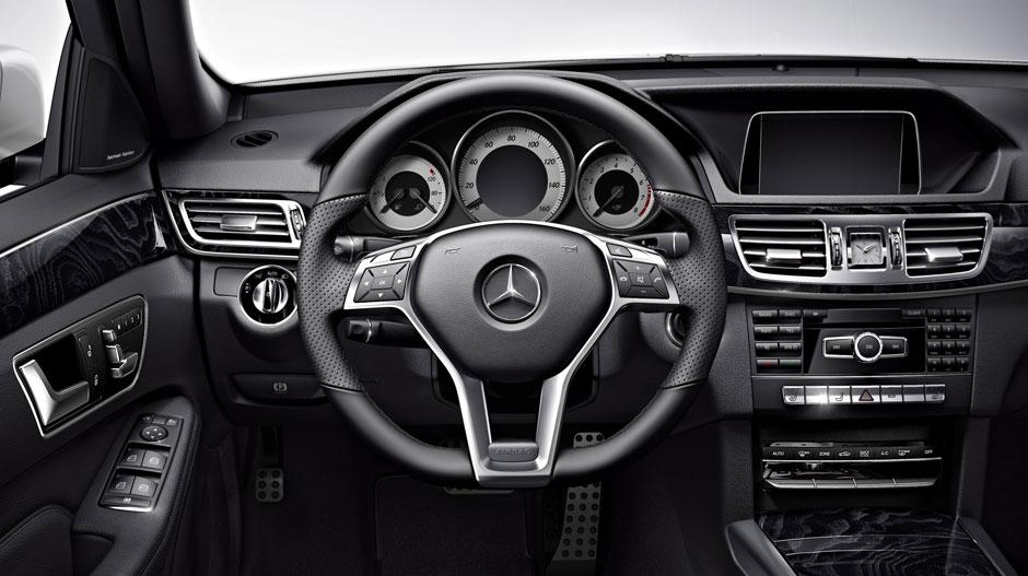 Mercedes Benz 2014 E CLASS SEDAN GALLERY 011 GOI D