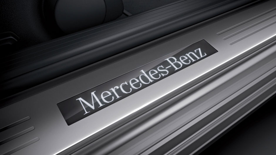 Mercedes Benz 2014 E CLASS SEDAN GALLERY 017 GOI D