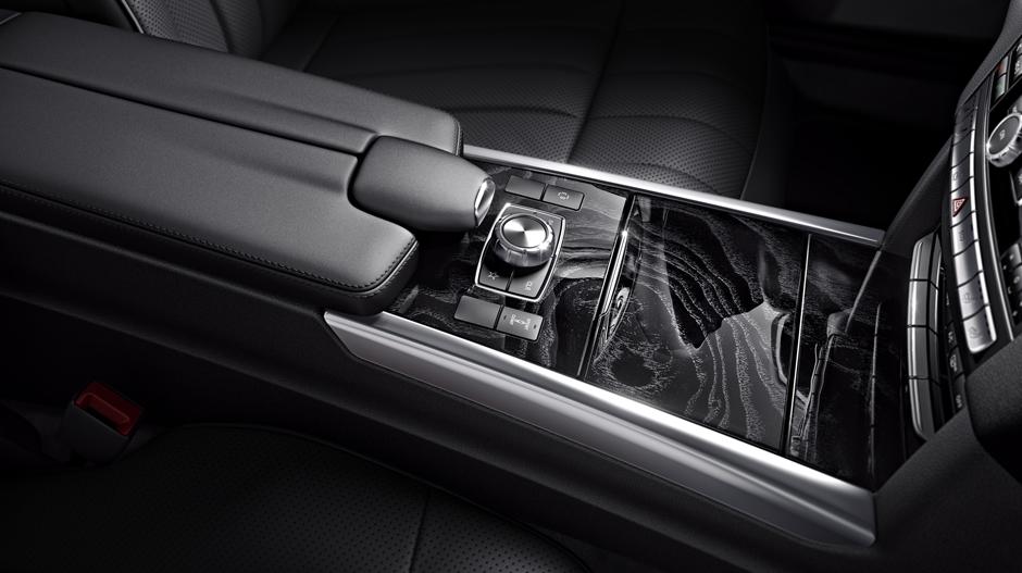 Mercedes Benz 2014 E CLASS WAGON GALLERY 015 GOI D