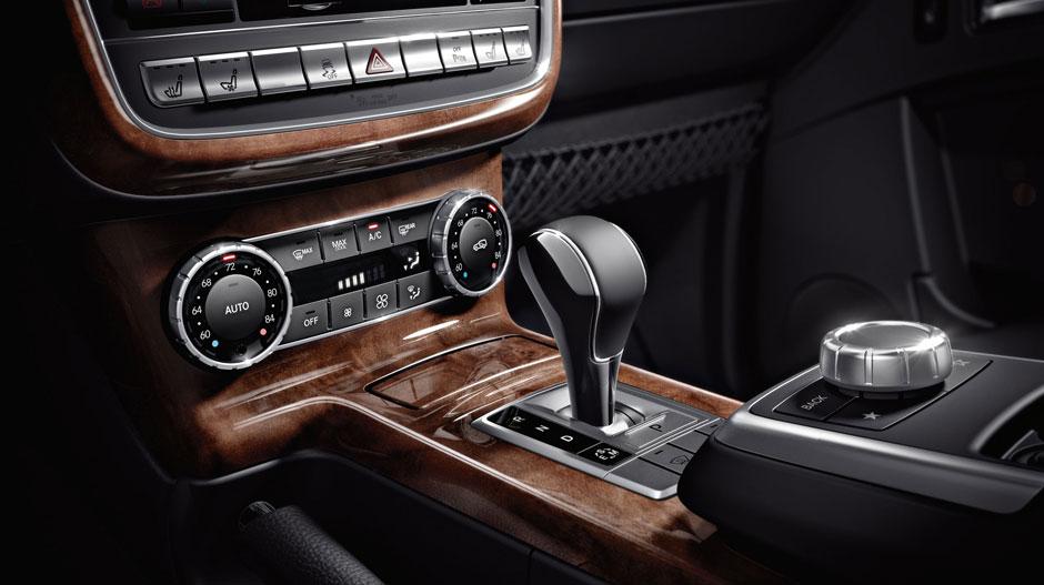 Mercedes Benz 2014 G CLASS SUV GALLERY 013 GOI D