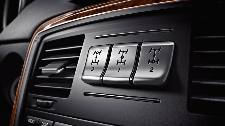 Mercedes Benz 2014 G CLASS SUV GALLERY 022 GOI D