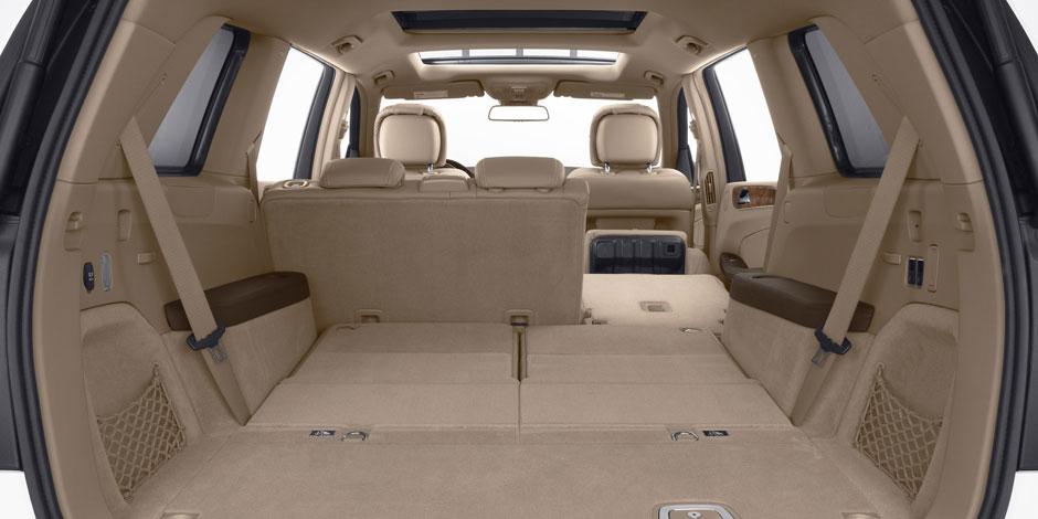 2014-GL-CLASS-SUV-052-CCF-D.jpg