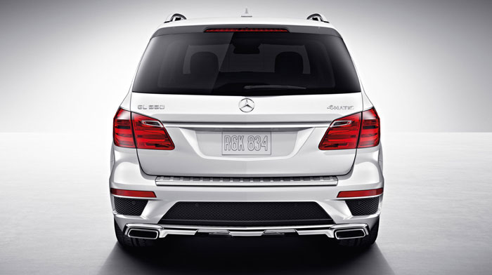 4MATIC in Arctic White with standard AMG styling