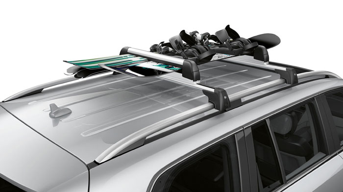 in Iridium Silver with accessory basic carrier and ski rack