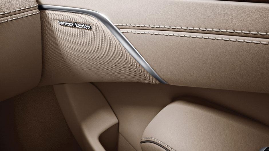 Mercedes Benz 2014 SL CLASS ROADSTER GALLERY 014 GOI D