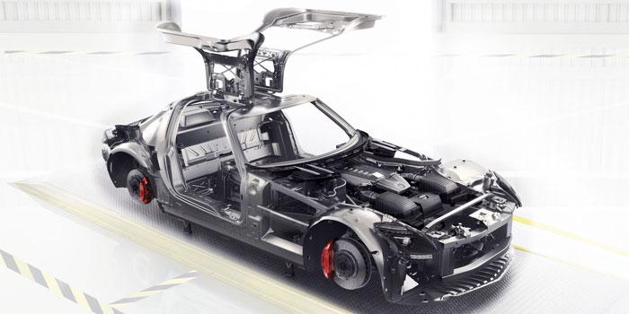 2014-SLS-GT-AMG-COUPE-019-CCF-D.jpg