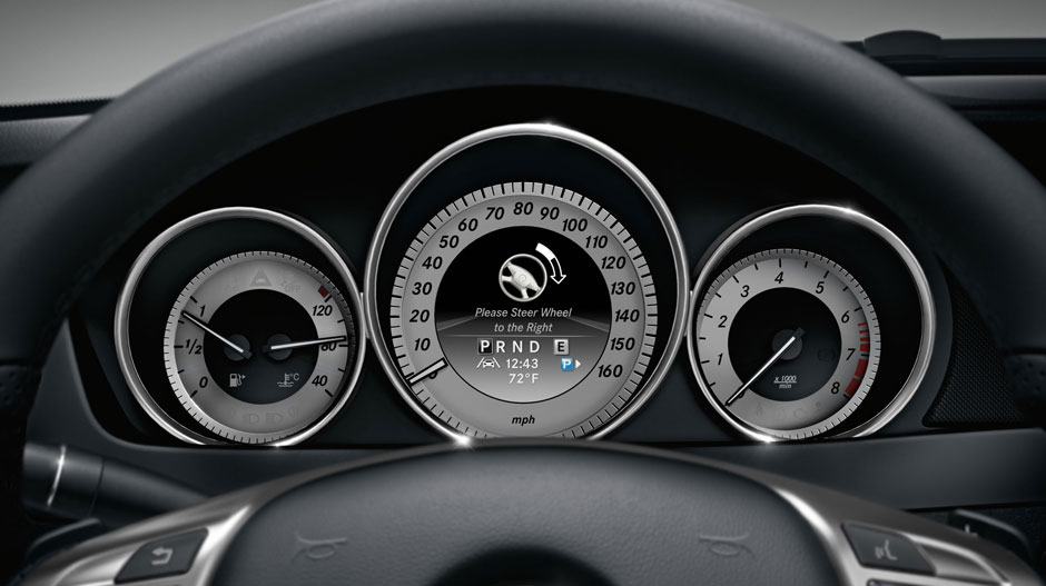 Mercedes Benz 2015 C CLASS COUPE GALLERY 019 GOI D