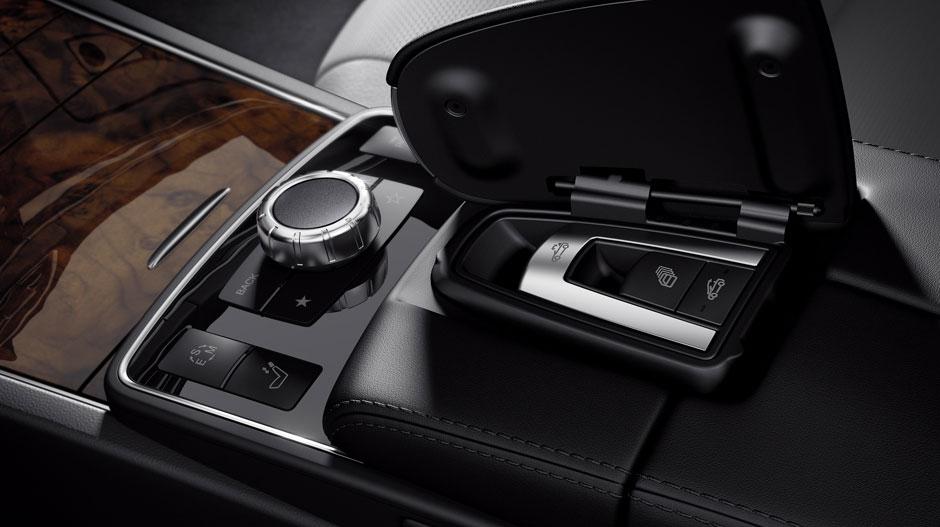 Mercedes Benz 2015 E CLASS CABRIOLET GALLERY 014 GOI D