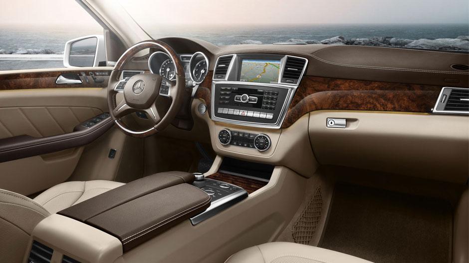 Mercedes Benz 2015 GL CLASS SUV GALLERY 015 GOI D