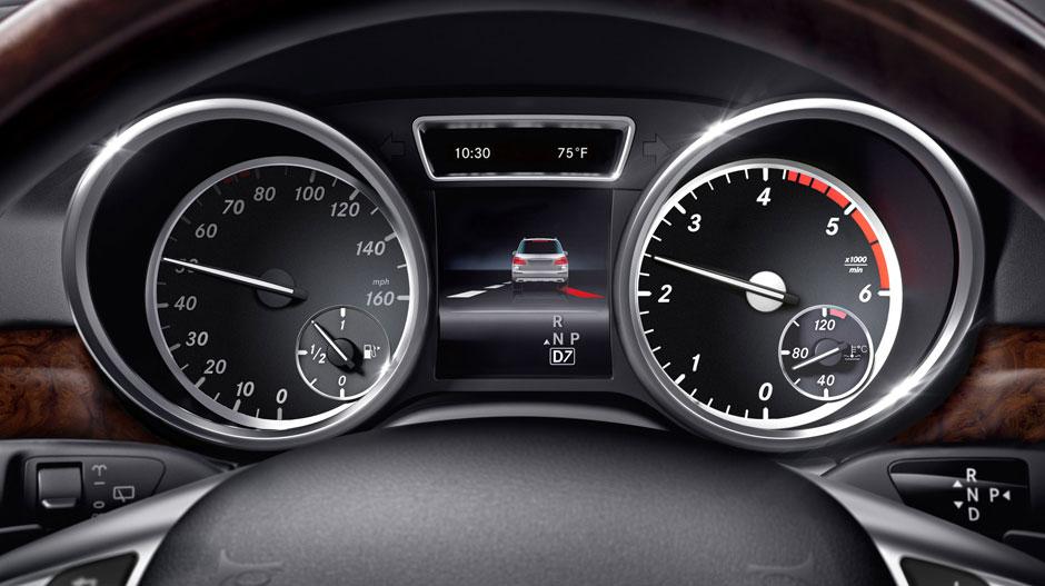 Mercedes Benz 2015 GL CLASS SUV GALLERY 027 GOI D
