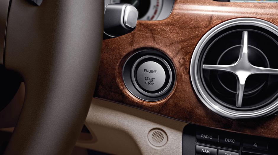 Mercedes Benz 2015 GLK CLASS SUV GALLERY 020 GOI D