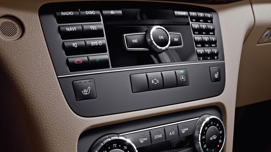 Mercedes Benz 2015 GLK CLASS SUV GALLERY 021 GOI D