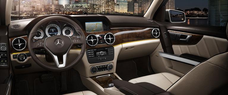 2015-GLK-CLASS-SUV-CH03-D.jpg