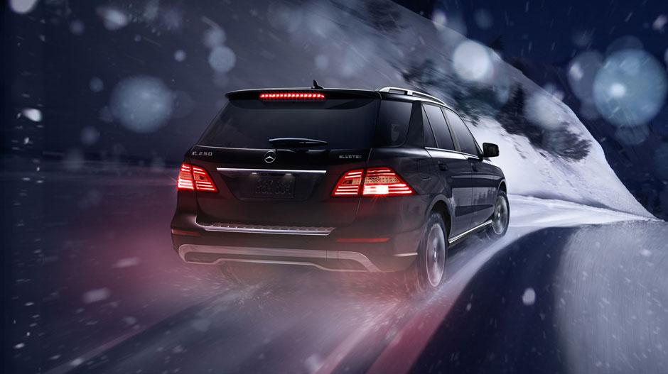 Mercedes Benz 2015 M CLASS SUV GALLERY 005 GOE D