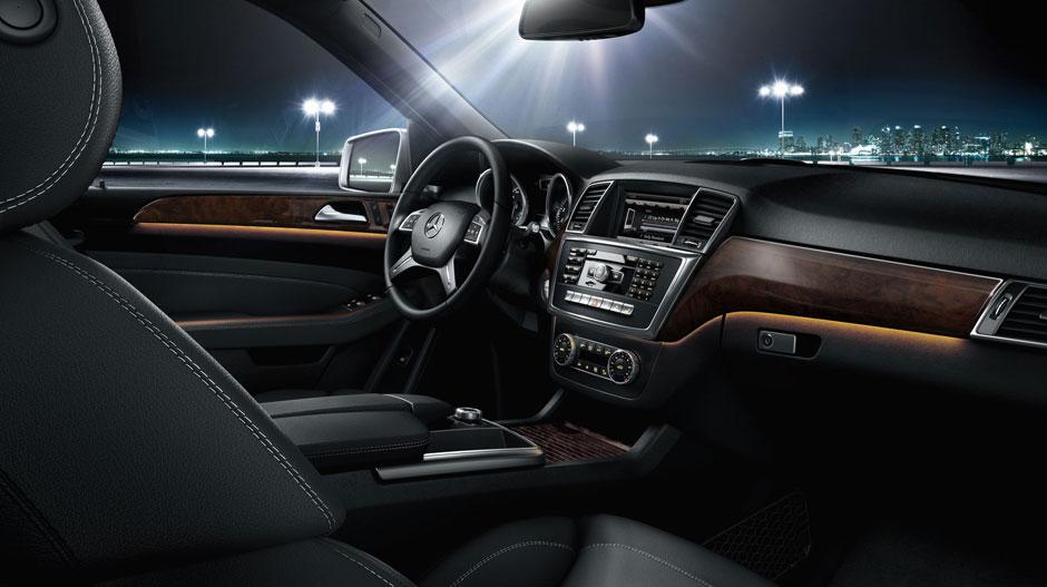 Mercedes Benz 2015 M CLASS SUV GALLERY 016 GOI D
