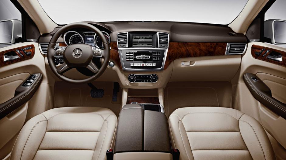 Mercedes Benz 2015 M CLASS SUV GALLERY 020 GOI D