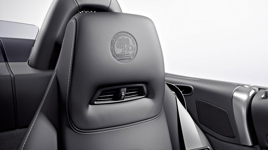 Mercedes Benz 2015 SLS CLASS COUPE ROADSTER GALLERY 010 GOI D
