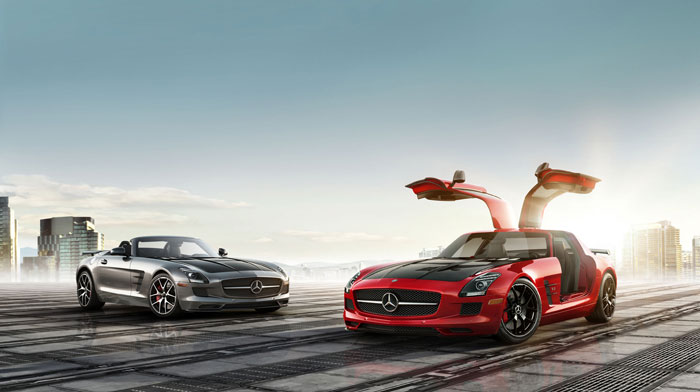 Roadster in AMG Imola Grey and Coupe in Mars Red