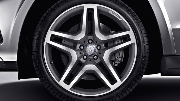 2014-GL-CLASS-GL550-SUV-013-MCF.jpg