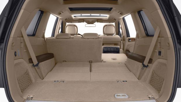 2014-GL-CLASS-SUV-052-MCF.jpg