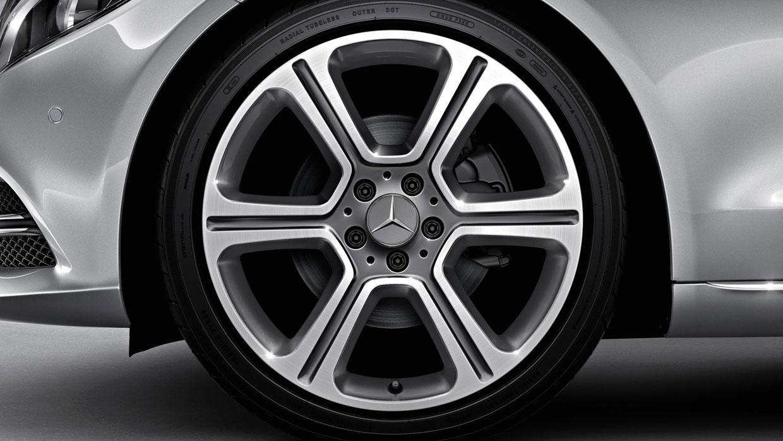 Mercedes Benz 2015 C CLASS SEDAN 085 MCFO R